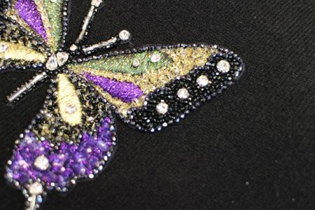 handgestickter Perlen und Pailletten Schmetterling